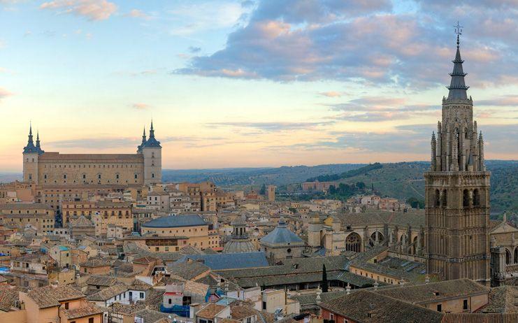 La Real Academia pedirá al Ayuntamiento de Toledo que recupere los Premios 'San Ildefonso'