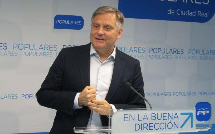"""Cañizares: """"El pacto PSOE-Podemos es dañino para los castellano-manchegos"""""""