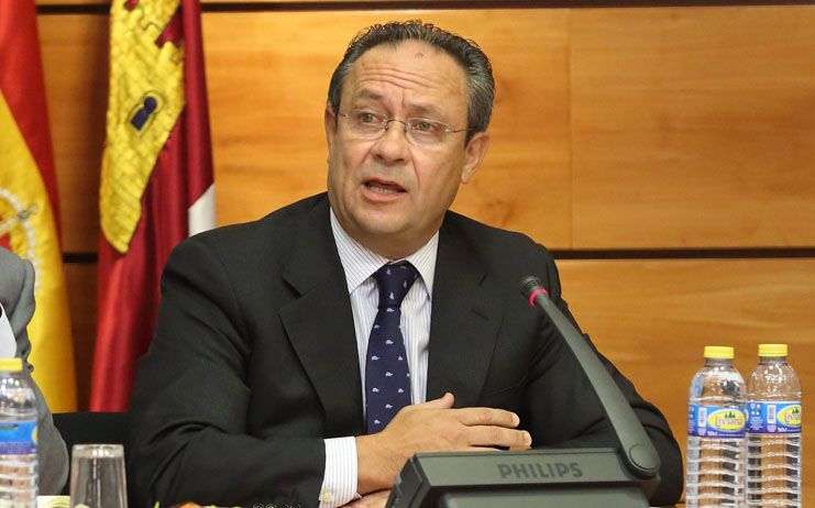 Ruiz Molina solicita el apoyo de los grupos parlamentarios para reclamar un nuevo sistema de financiación autonómica