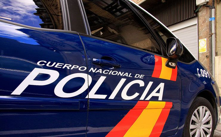 Detenido un varón en Albacete tras ser sorprendido dentro de un vehículo al que había forzado la cerradura