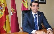 Javier Cuenca junto a la Corporación Municipal comenzarán el reparto de las antorchas de San Juan a las 22:00 horas en el Ayuntamiento