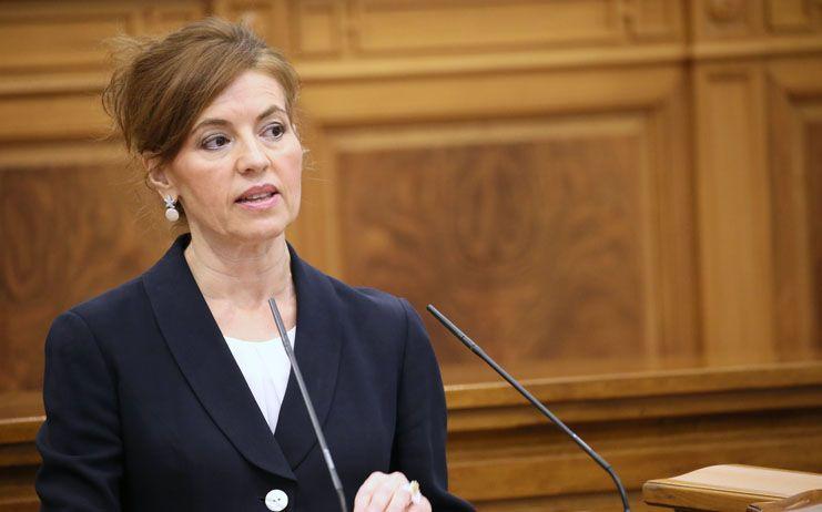 La consejera de Bienestar Social pide al Gobierno de Rajoy información, coordinación y eficacia en la atención a las personas refugiadas
