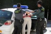 Tres detenidos por atracar un estanco de Cedillo del Condado y amenazar al propietario con un cuchillo