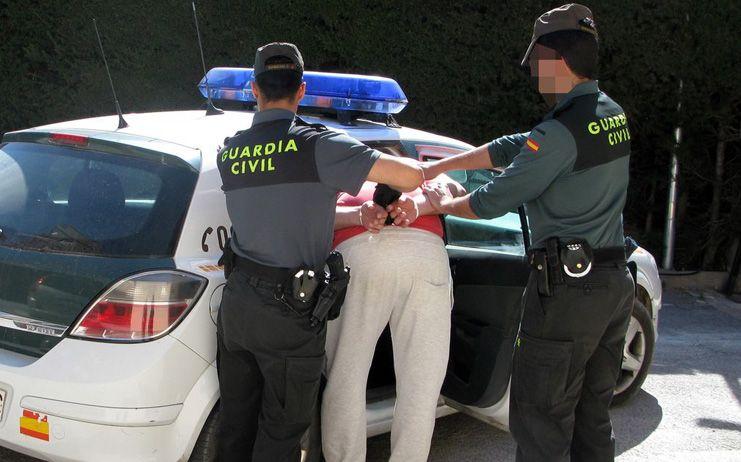 La Guardia Civil sorprende a un individuo cuando intentaba robar en un domicilio de Azuqueca de Henares