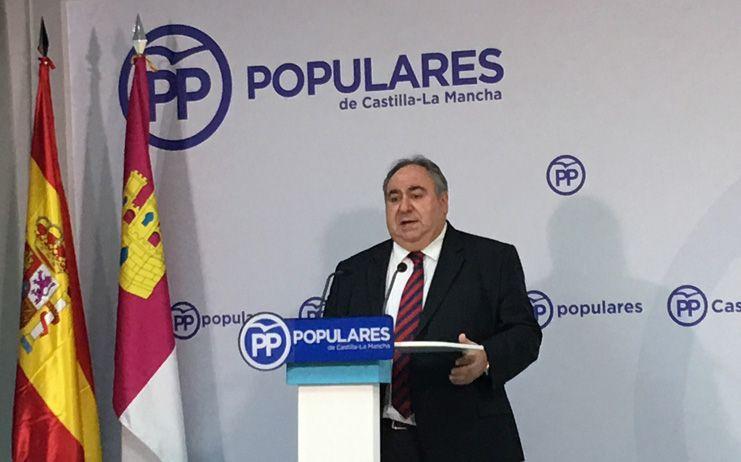 PP C-LM garantiza que Cospedal seguirá al frente del partido en la región y muestra