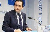 Lucas-Torres pide la dimisión de Martínez Arroyo en su primera intervención como diputado regional