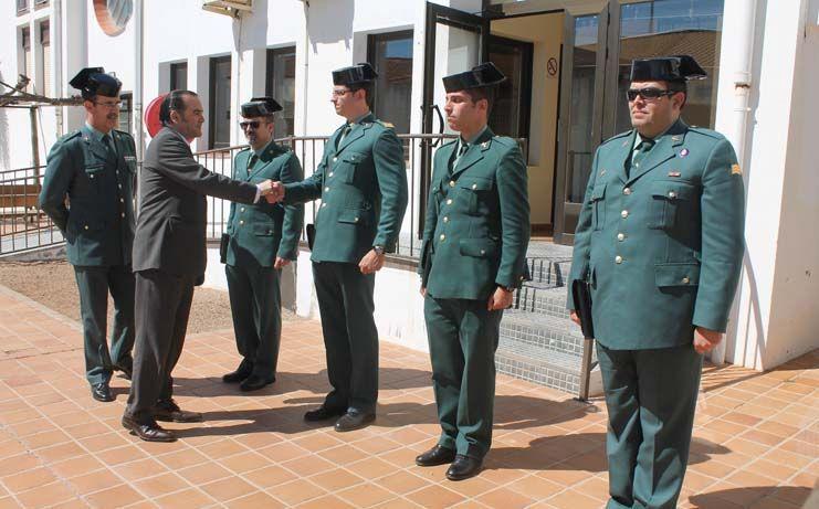 Gregorio visita el cuartel de la Guardia Civil de El Toboso