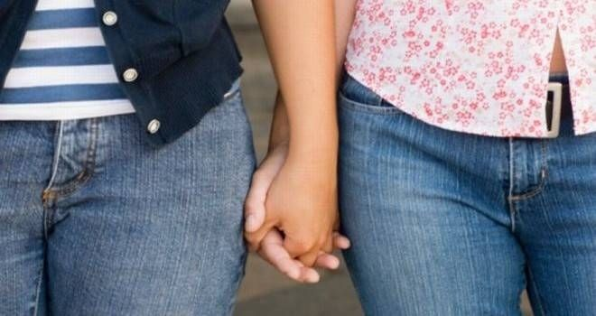 Bolo-Bolo pide mayor visibilidad para las mujeres lesbianas en C-LM y lanza para ello una campaña en redes sociales