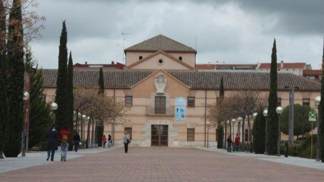 La UCLM celebrará el 30 de septiembre en Toledo una competición de baloncesto 3x3 solidaria en inclusiva