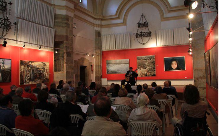 El guitarrista Andrea Dieci emociona al público seguntino con su 'Romanillos'