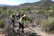 Controlado el fuego de Yeste (Albacete), en cuya extinción trabajan más de 20 personas