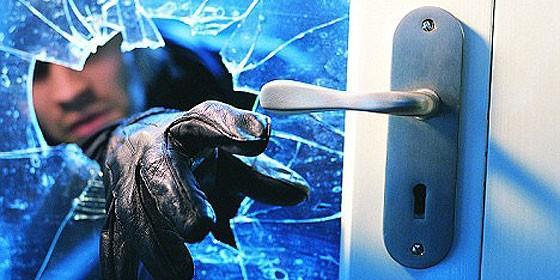 Recomendaciones de OCU para proteger la vivienda de robos durante las vacaciones