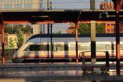 Los parlamentarios nacionales del PSOE de Ciudad Real tratan con RENFE, la situación de los servicios ferroviarios y las opciones de venta de billetes