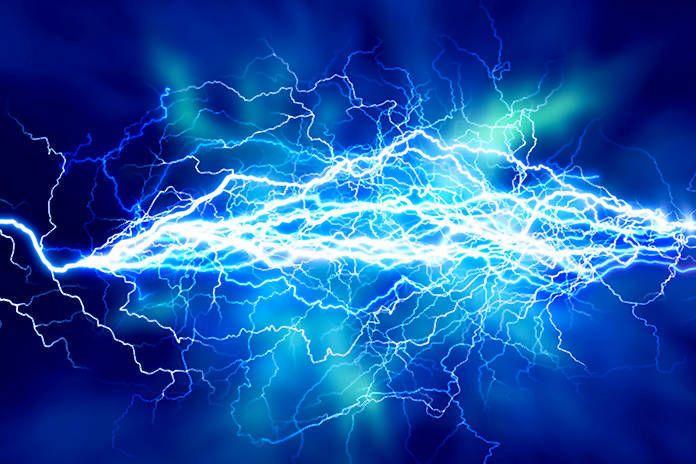 El Gobierno regional forma a sus más de 500 técnicos y agentes en prevención de riesgos eléctricos en Castilla-La Mancha