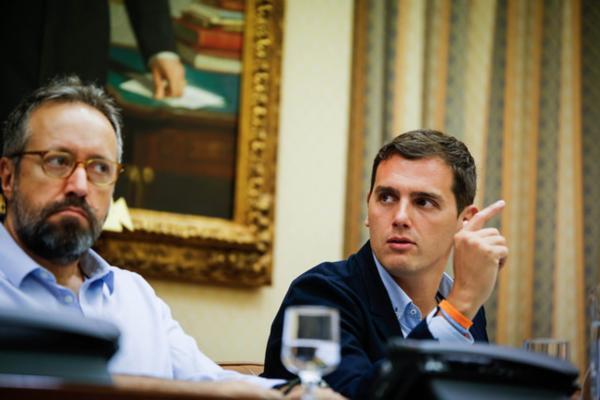 """Girauta: """"Si Cifuentes no se marcha en abril, el presidente será otro y no del PP"""""""