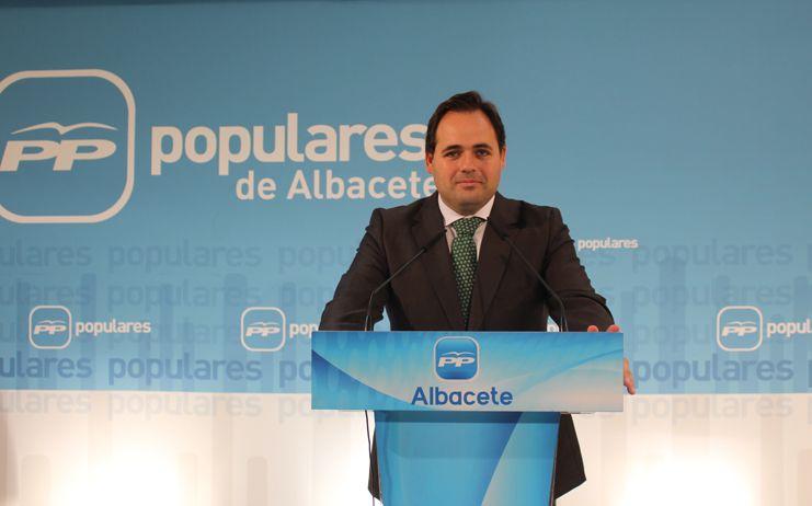 Núñez traslada la satisfacción del PP regional después de que Cospedal haya anunciado la presentación de su candidatura para presidir la formación