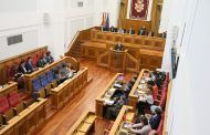 Las Cortes aprueban con la abstención del PP pedir a Junta un grupo de trabajo que supervise el transporte sanitario