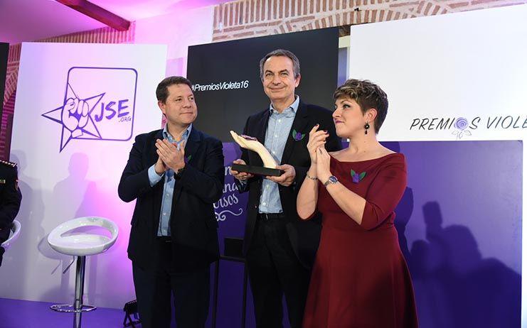 Zapatero se alinea con la Gestora del PSOE ante la propuesta de Sánchez de convocar un Congreso