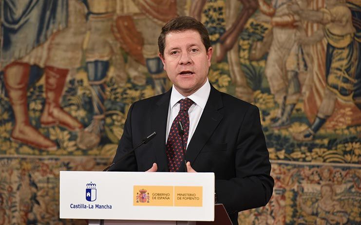 La aprobación del Plan Regional de Empleo 2018-2020 se prevé para marzo o abril, según García-Page