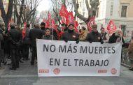 CCOO y UGT se concentran en Guadalajara para exigir más prevención ante la escalada creciente de la siniestralidad laboral