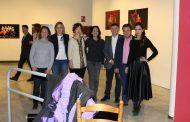 Serrano inaugura la exposición '10 años en danza' del Conservatorio Profesional de Danza José Antonio Ruiz
