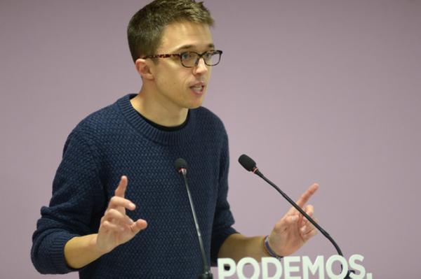 Errejón pide al PSOE un entendimiento para desbancar a Rajoy del Gobierno