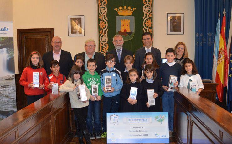 Ramos entrega los premios del Concurso Internacional de Dibujo Infantil de Aqualia a trece alumnos talaveranos