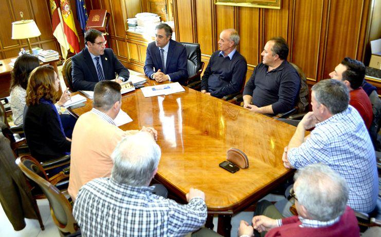 Primeros pasos en la Diputación de Cuenca para el Plan de Recuperación de Antiguas Estaciones de Ferrocarril