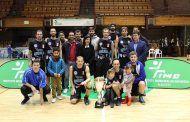 Francisco Navarro asiste a la final de la Copa IMD de Baloncesto