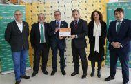 Caja Rural Castilla-La Mancha entrega una ayuda Workin a ASLA por su proyecto de carpintería