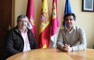 Javier Cuenca felicita a la Asociación Albaceteña de Seat 600 por organizar la XVIII Concentración Nacional de Seat 600 y Clásicos en Albacete