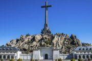 """200 familias con restos en el Valle de los Caídos se oponen a la ley de Calvo: """"Enfrenta más que une"""""""