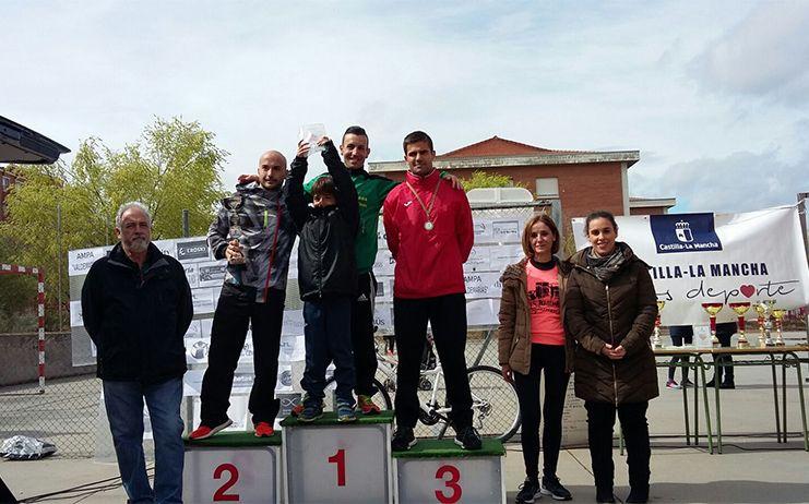 Sandoval participa en la entrega de premios del Campeonato Regional de Fondo en Pista en Toledo