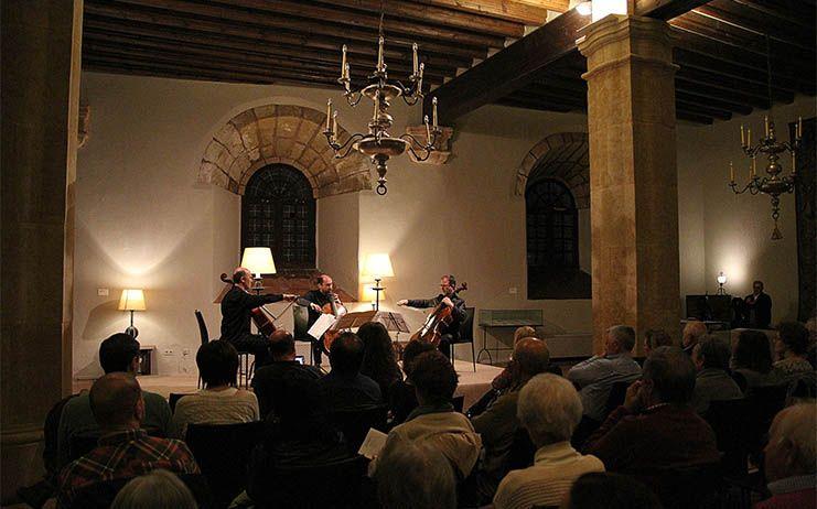 La temporada de clásica de Sigüenza continúa con un brillante concierto de Cellos on BOard