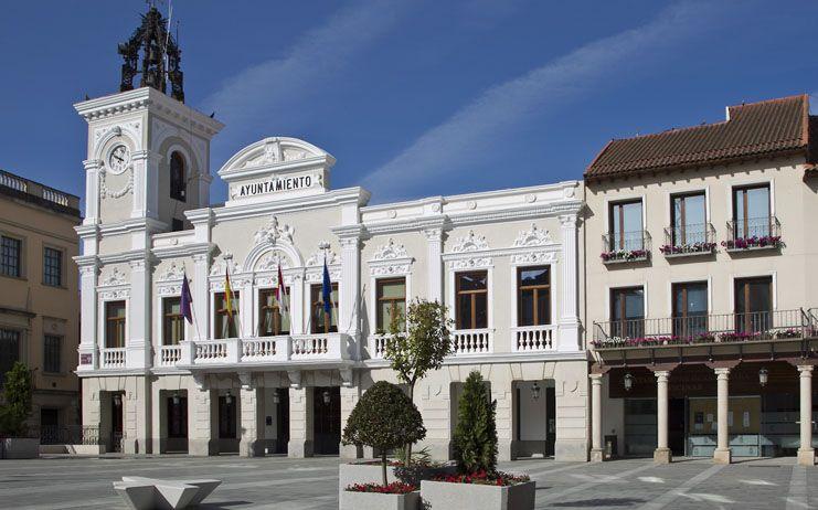 Ayuntamiento, CEOE, UGT y CCOO sellan el Pacto por la Recuperación Económica y Social de Guadalajara con 6,7 millones de inversión