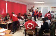 Cruz Roja Valdepeñas da la bienvenida a la primavera con el taller de manualidades intergeneracional