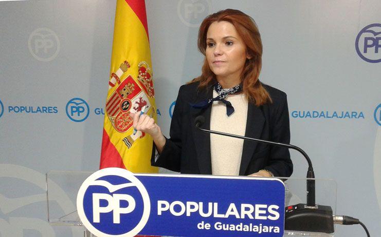 """Valdenebro: """"¿Le contará Page al Rey que tiene en su gobierno a un vicepresidente podemita que califica a la monarquía española como 'bananera' y que asegura que hay que acabar con ella?"""""""
