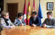 Javier Cuenca agradece a ACMIL la gran labor que realiza con las personas con discapacidad intelectual ligera e inteligencia límite de Albacete