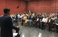 Javier Cuenca destaca el éxito de contratación del programa municipal de becas y recuerda que ya ha beneficiado a 250 jóvenes y 145 empresas