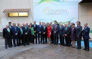 Tolón valora la firme y clara estrategia gerencial de Caja Rural Castilla-La Mancha en la cena de la Asamblea General