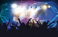 Sanidad cierra discotecas y prohíbe fumar en la calle sin distancia en toda España