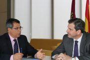 """Gobierno regional y Fedeto coinciden en la necesidad de aprobar los Presupuestos de 2017 para """"seguir avanzando en la recuperación económica de la región"""""""