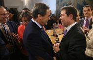 Bono espera que Sánchez no se acerque a Podemos porque no es