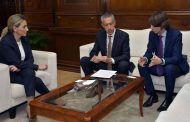 La alcaldesa de Toledo mantiene un encuentro con los responsables de Instituciones Centro del BBVA
