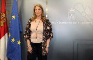 """Llanos Navarro recomienda a Belinchón que """"esté más atento a la actividad municipal porque no escucha cuando le informan y no sabe lo que vota"""""""