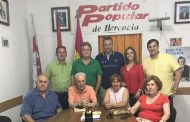 Adrián Fernández se reúne con la Junta Local del PP de Herencia