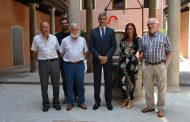 Álvaro Gutiérrez acompaña a Ana Isabel Fernández a conocer las exposiciones de San Clemente