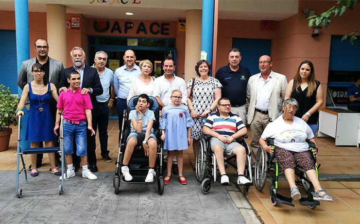 Ramos asiste a la fiesta fin de curso de Apace