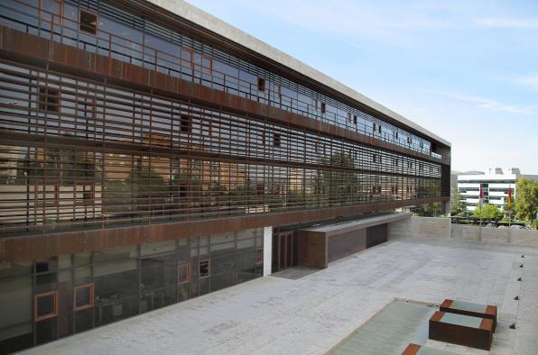 El Gobierno de Castilla-La Mancha sitúa por primera vez en once años las listas de espera del mes de septiembre por debajo de los 100.000 pacientes