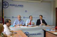Velázquez denuncia que el PSOE intenta ganar en los tribunales lo que no es capaz de conseguir en las urnas